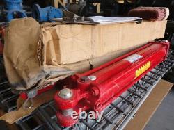 Hydraulic Cylinder Cross Mfg 3 Bore 18 Stroke Heavy Duty 2500 PSI SN 022641