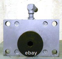 Cylindre Hydraulique Milwaukee 1500psi, Bore 6, Stroke 11, 2 1/2 Dia De L'arbre, H31
